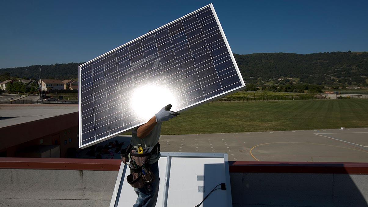 Cấu tạo của tấm pin năng lượng mặt trời