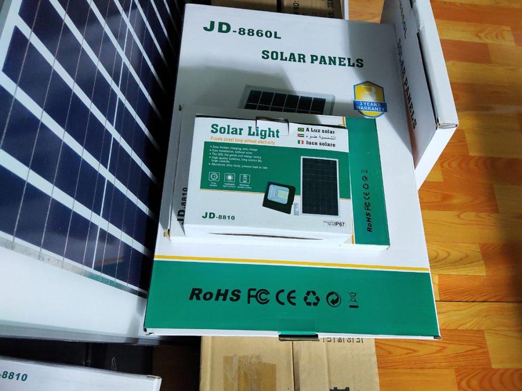 chứng nhận RoHS trên đèn năng lượng mặt trời là gì
